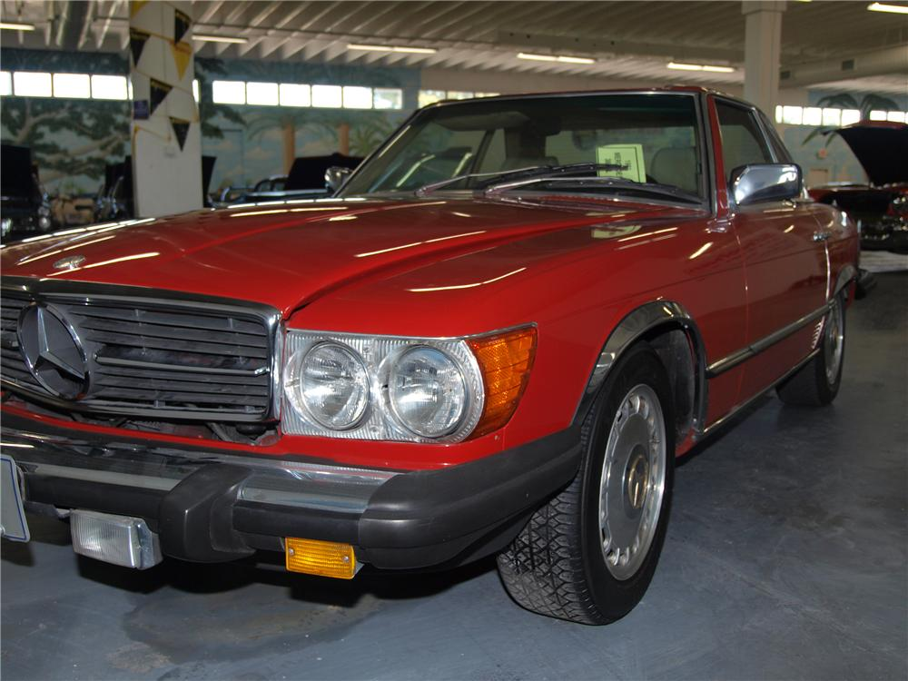 1981 MERCEDES-BENZ 380SL CONVERTIBLE - Front 3/4 - 89632