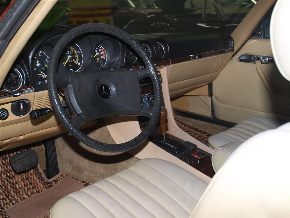 1981 MERCEDES-BENZ 380SL CONVERTIBLE - Interior - 89632