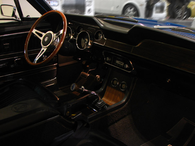 1968 SHELBY GT500 FASTBACK - Interior - 89717