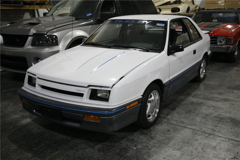 1988 DODGE SHADOW SHELBY CSX-T COUPE - Front 3/4 - 90004
