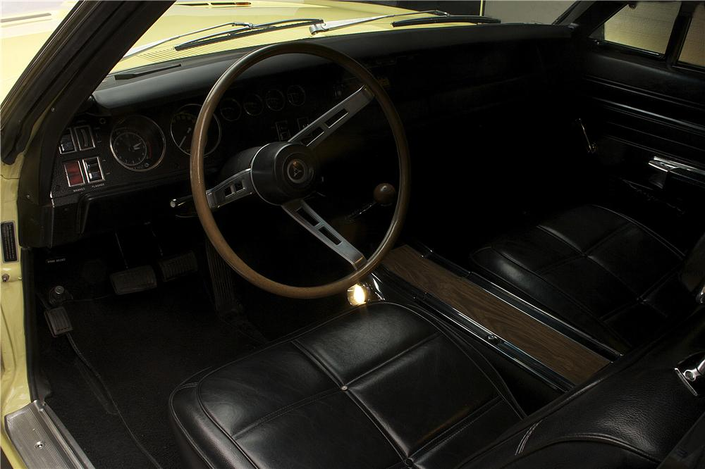 1969 DODGE HEMI CHARGER R/T COUPE - Interior - 90884