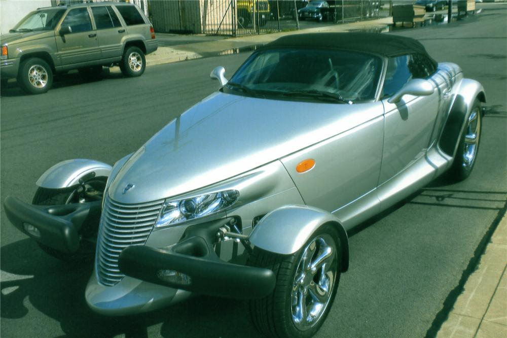 2000 PLYMOUTH PROWLER CONVERTIBLE - Front 3/4 - 90892