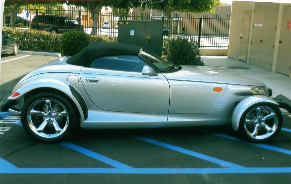 2000 PLYMOUTH PROWLER CONVERTIBLE - Side Profile - 90892