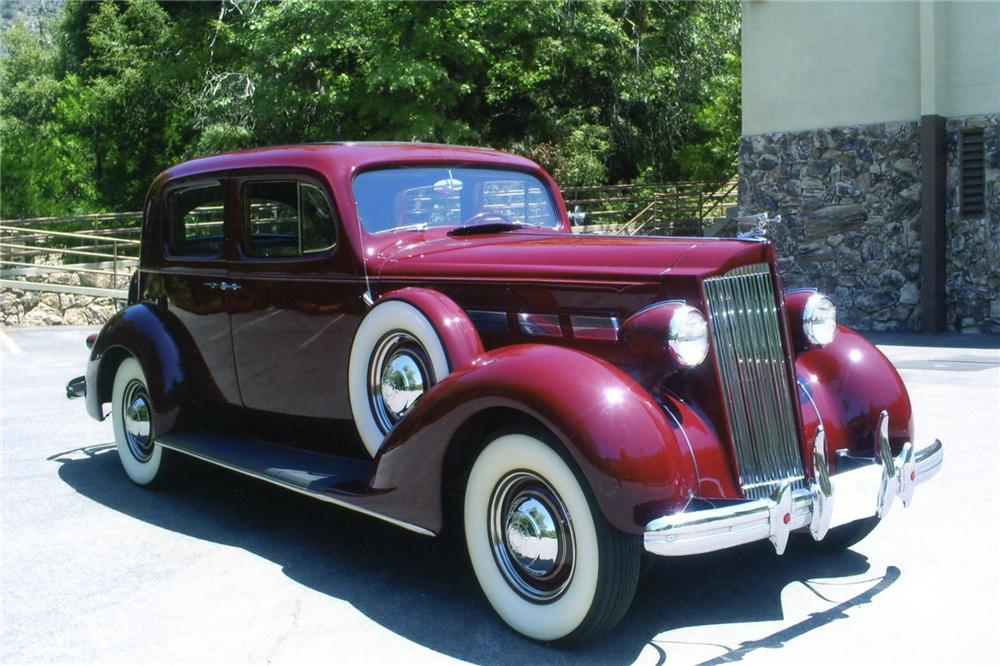 1937 PACKARD 120 CLUB SEDAN - Front 3/4 - 90897