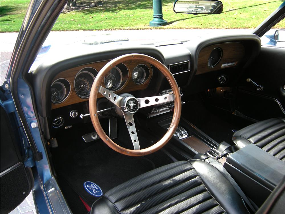 1969 FORD MUSTANG MACH 1 FASTBACK - Interior - 90901