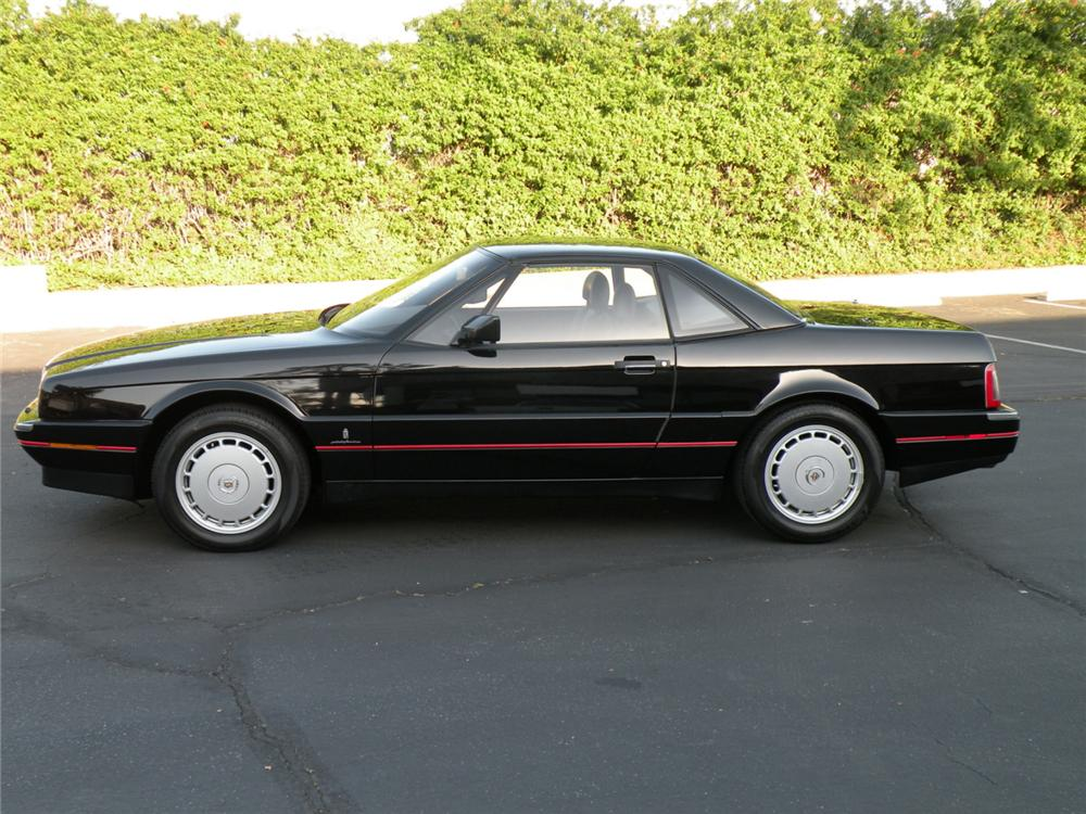 1992 CADILLAC ALLANTE CONVERTIBLE - Side Profile - 90954