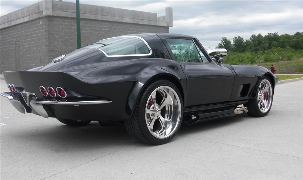 1966 CHEVROLET CORVETTE CUSTOM COUPE - Rear 3/4 - 90975