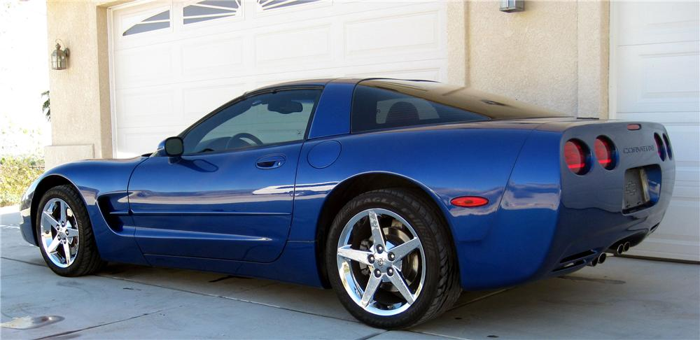 2002 CHEVROLET CORVETTE COUPE - Side Profile - 90979