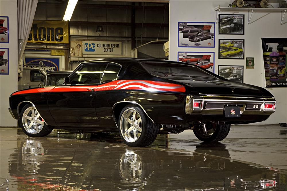 1970 CHEVROLET CHEVELLE SS CUSTOM COUPE - Rear 3/4 - 90987