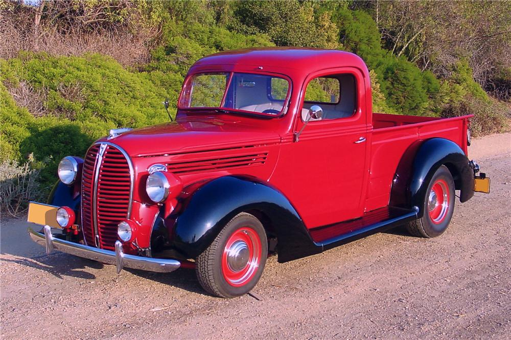 1938 FORD CUSTOM PICKUP TRUCK - Front 3/4 - 90988