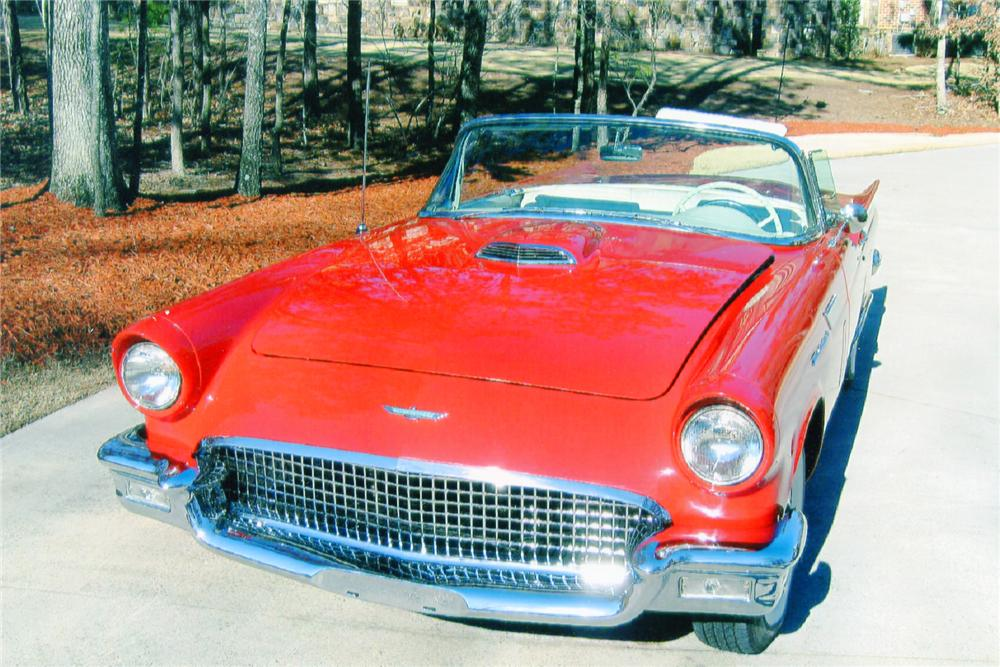1957 FORD THUNDERBIRD CONVERTIBLE - Front 3/4 - 90998