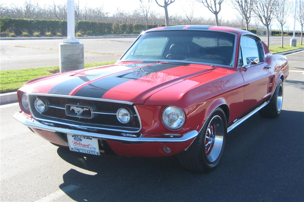 1967 FORD MUSTANG GTA FASTBACK - Front 3/4 - 91008