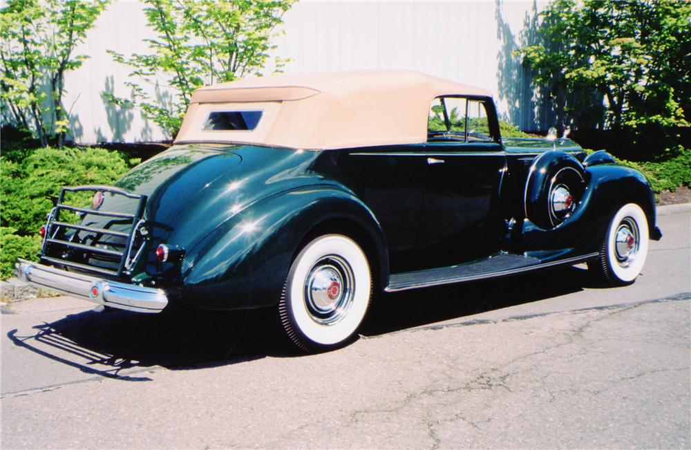 1938 PACKARD VICTORIA CONVERTIBLE - Rear 3/4 - 91009