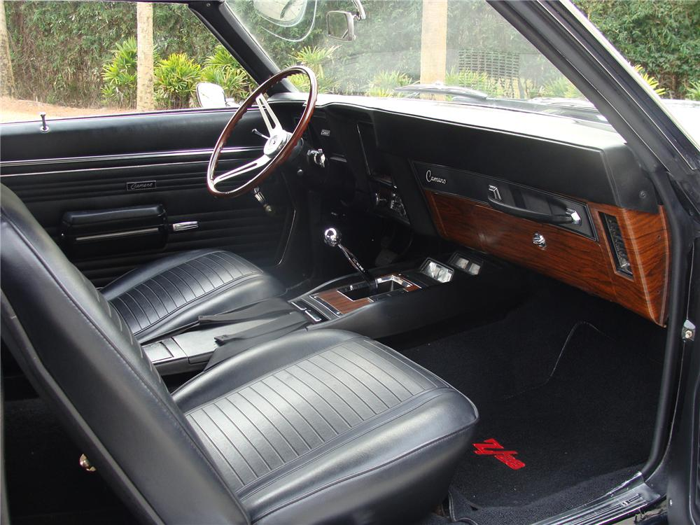 1969 CHEVROLET CAMARO Z/28 COUPE - Interior - 91019