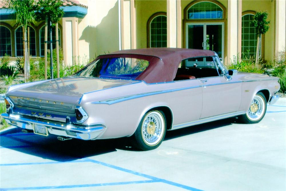 1964 CHRYSLER NEWPORT CUSTOM CONVERTIBLE - Rear 3/4 - 91060
