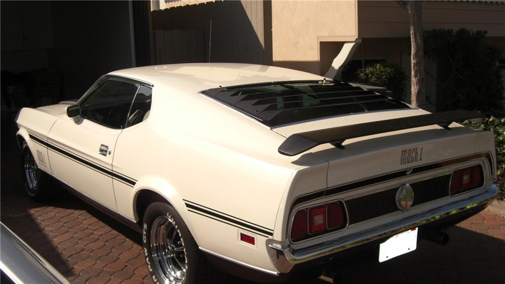1971 FORD MUSTANG MACH 1 FASTBACK - Rear 3/4 - 91071