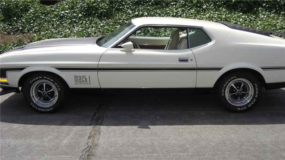 1971 FORD MUSTANG MACH 1 FASTBACK - Side Profile - 91071