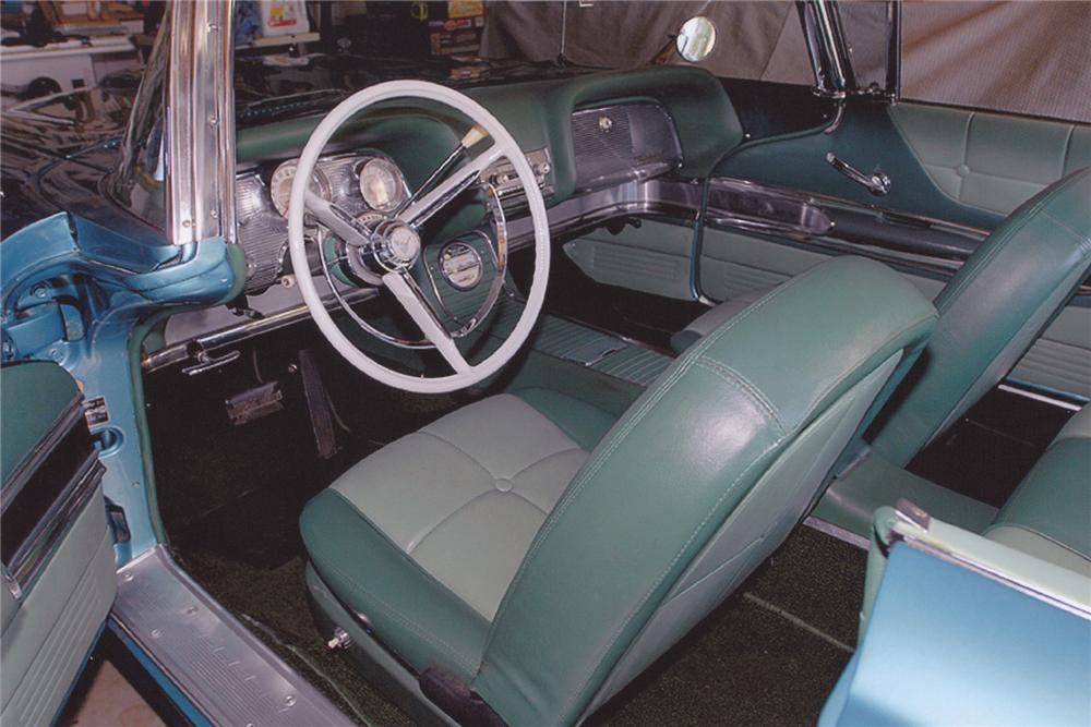1960 FORD THUNDERBIRD 2 DOOR HARDTOP COUPE - Interior - 91091