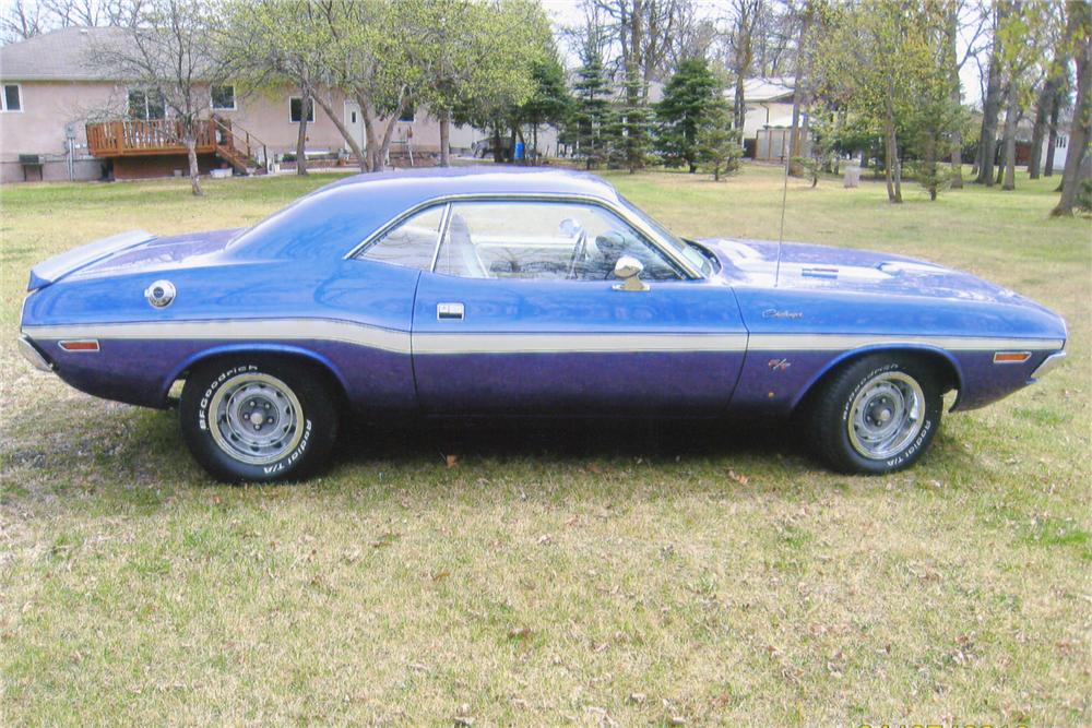 1970 DODGE CHALLENGER CUSTOM 2 DOOR - Side Profile - 91097