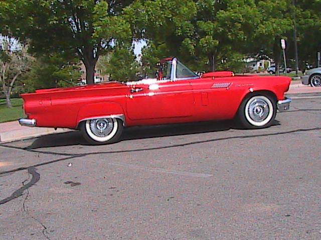 1957 FORD THUNDERBIRD CONVERTIBLE - Front 3/4 - 91127