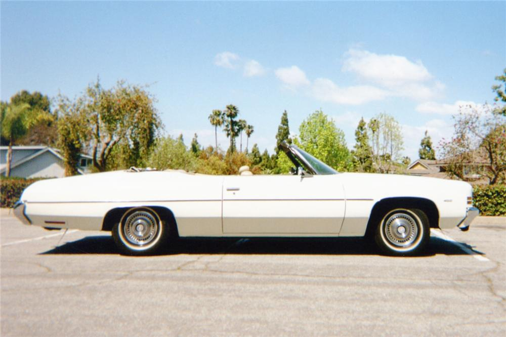 1972 CHEVROLET IMPALA CONVERTIBLE - Side Profile - 91148
