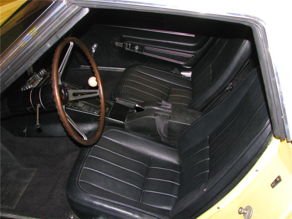 1968 CHEVROLET CORVETTE CONVERTIBLE - Interior - 91194