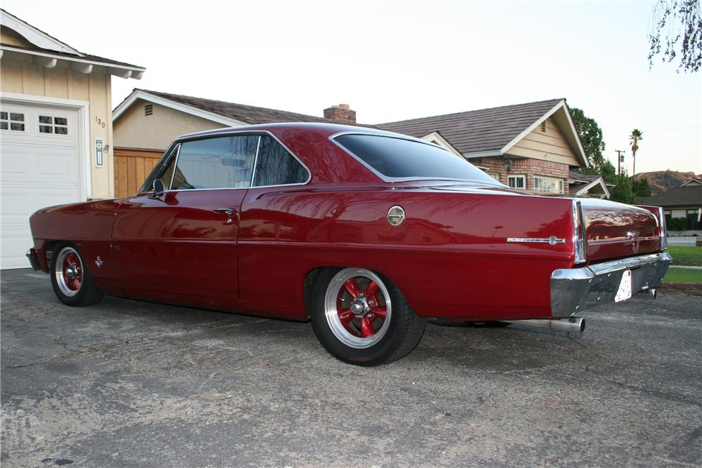 1967 CHEVROLET NOVA 2 DOOR HARDTOP - Rear 3/4 - 91195