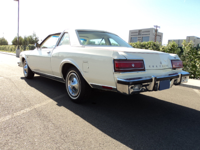 1978 CHRYSLER LEBARON COUPE - Rear 3/4 - 91199