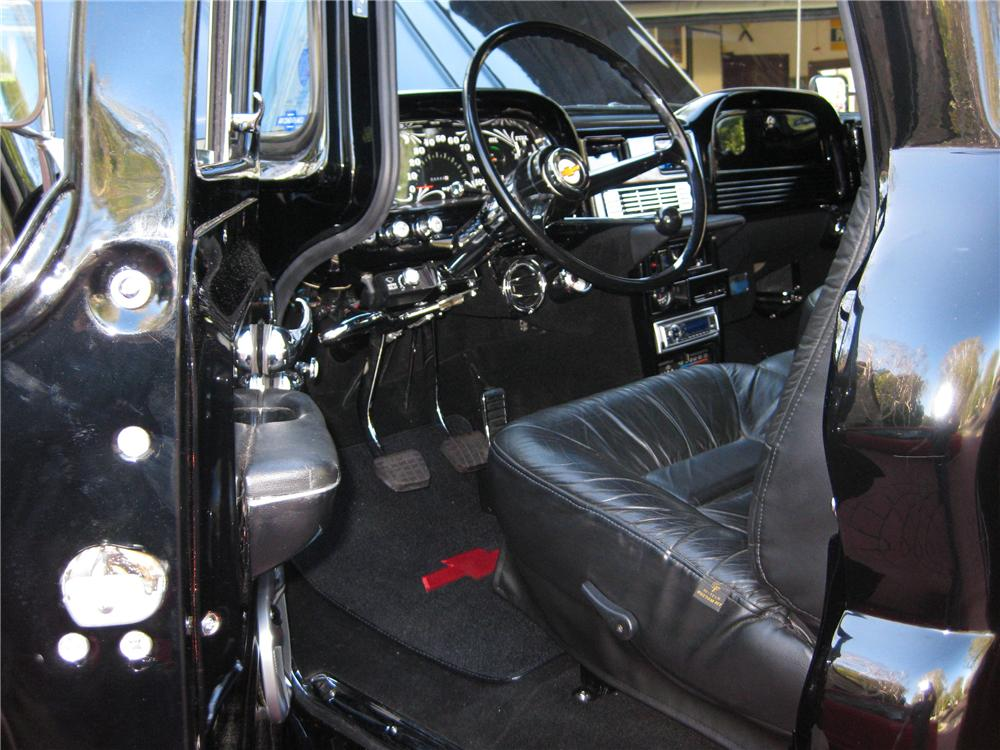 1963 CHEVROLET C-10 CUSTOM STEPSIDE PICKUP - Interior - 91208