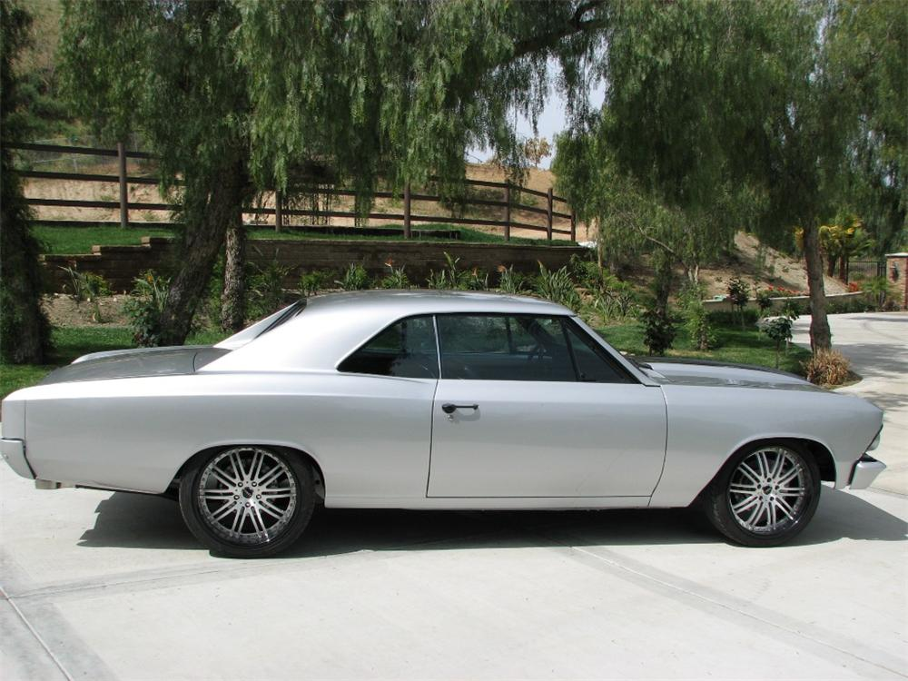 1966 CHEVROLET CHEVELLE CUSTOM COUPE - Side Profile - 91209