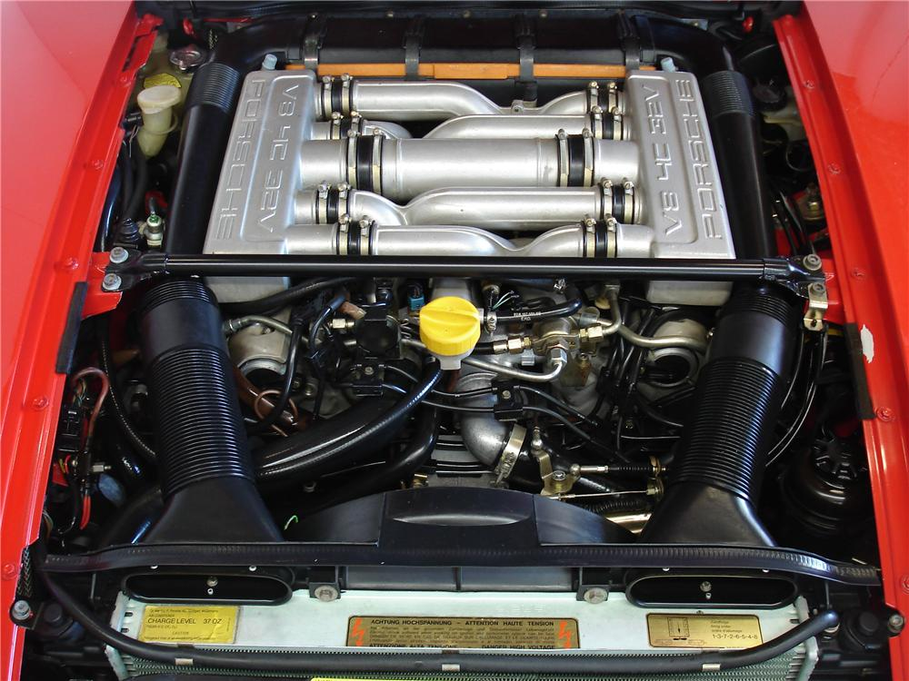 1985 PORSCHE 928S COUPE - Engine - 91218