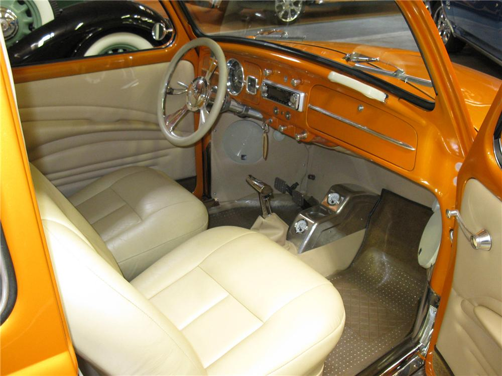 1961 VOLKSWAGEN BEETLE CUSTOM COUPE - Interior - 91341