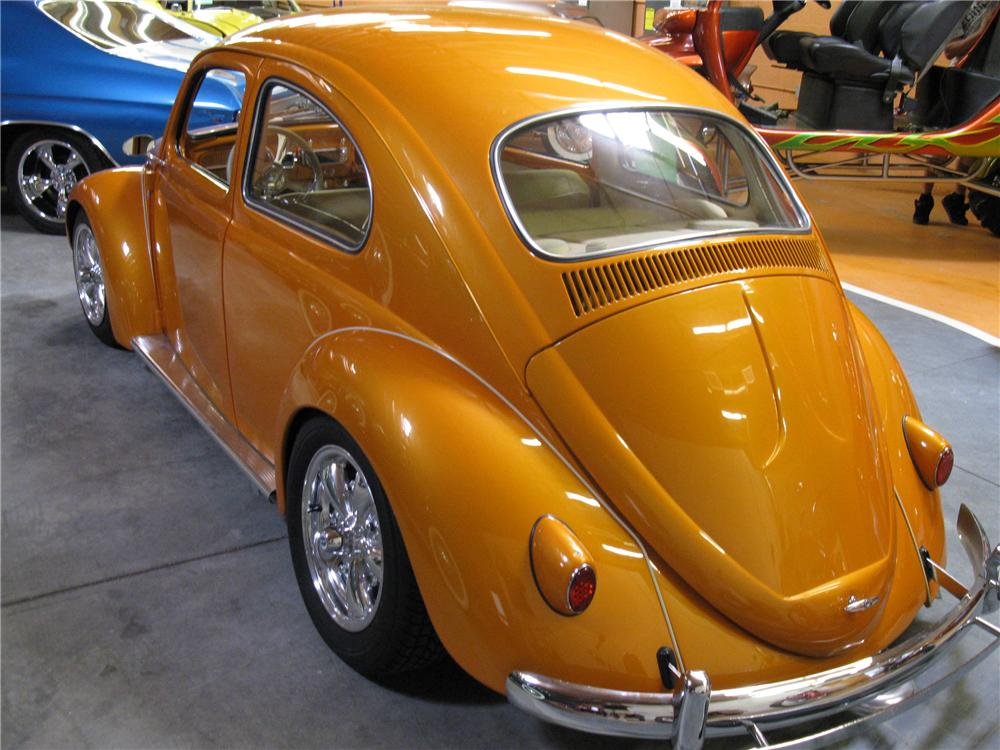 1961 VOLKSWAGEN BEETLE CUSTOM COUPE - Rear 3/4 - 91341