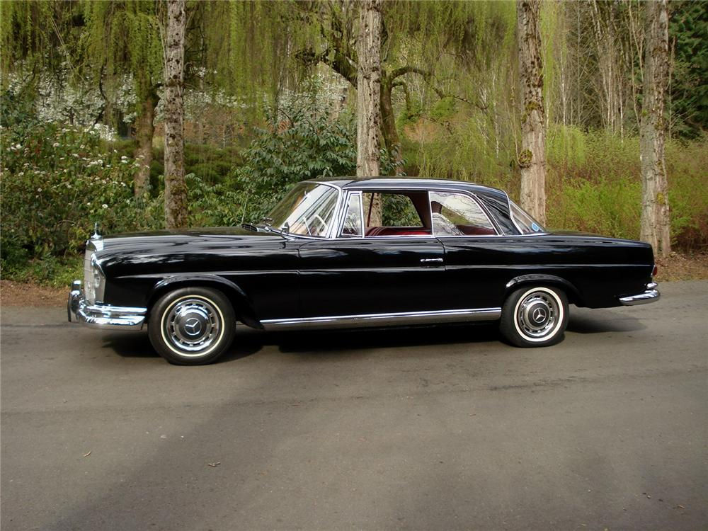 1962 MERCEDES-BENZ 220SE COUPE - Side Profile - 91351