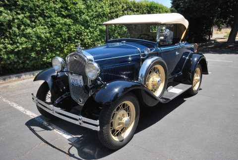 1931 FORD MODEL A ROADSTER - Front 3/4 - 91380
