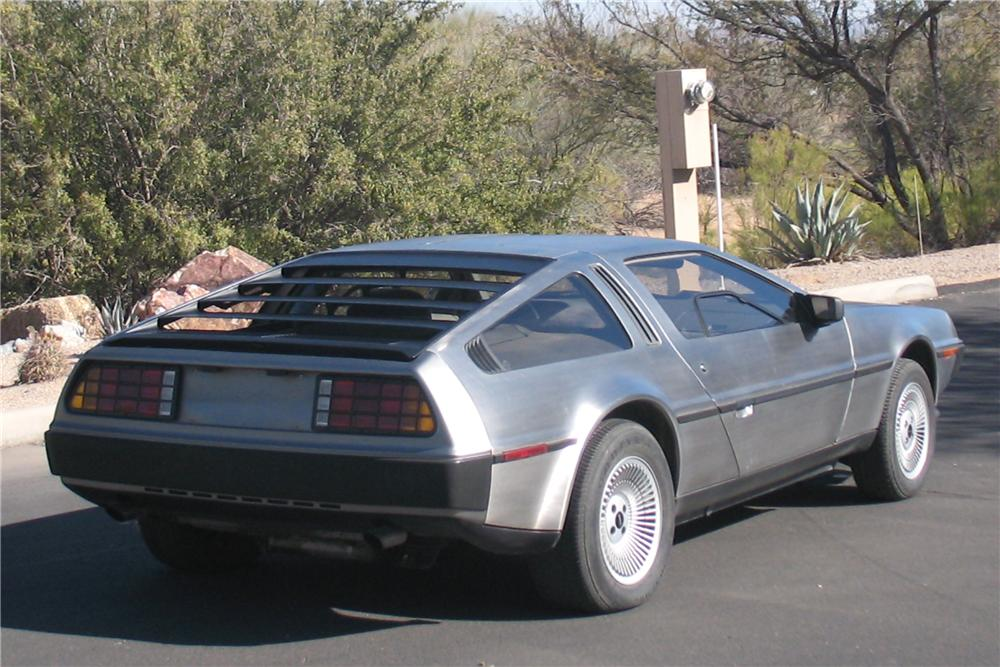 1983 DELOREAN DMC-12 GULLWING COUPE - Rear 3/4 - 91383