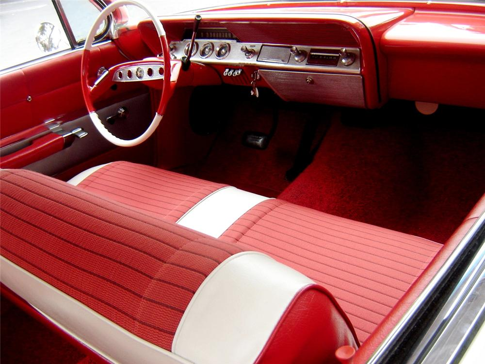 1961 CHEVROLET IMPALA 2 DOOR BUBBLE TOP - Interior - 91392