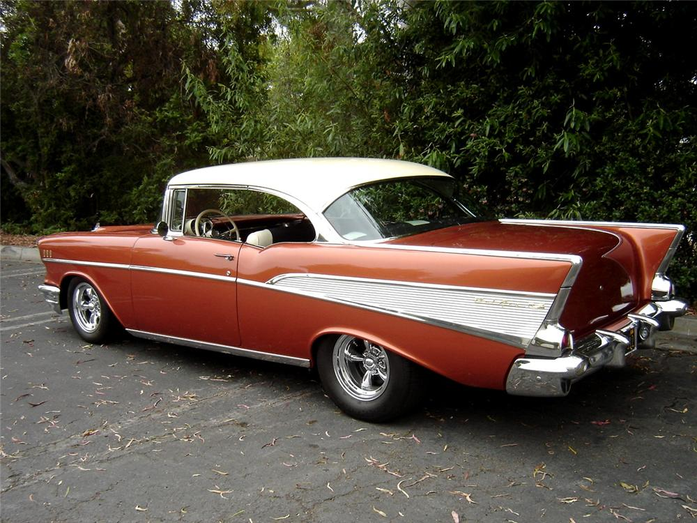 1957 CHEVROLET BEL AIR CUSTOM COUPE - Rear 3/4 - 91393