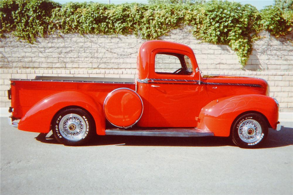 1941 FORD CUSTOM PICKUP - Side Profile - 91459