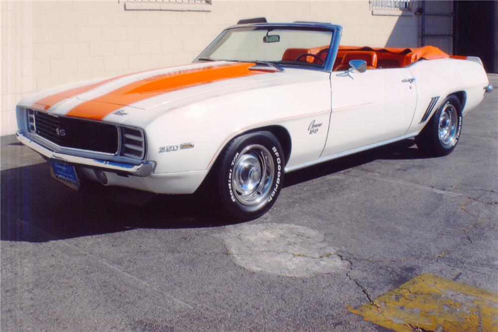 1969 CHEVROLET CAMARO INDY PACE CAR CONVERTIBLE - Front 3/4 - 91565