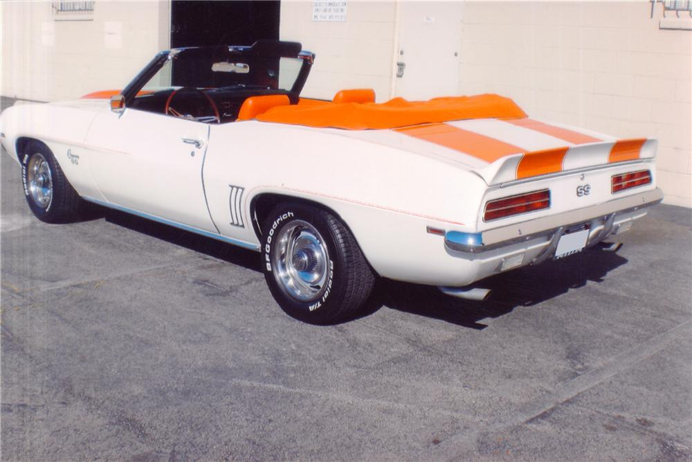 1969 CHEVROLET CAMARO INDY PACE CAR CONVERTIBLE - Rear 3/4 - 91565