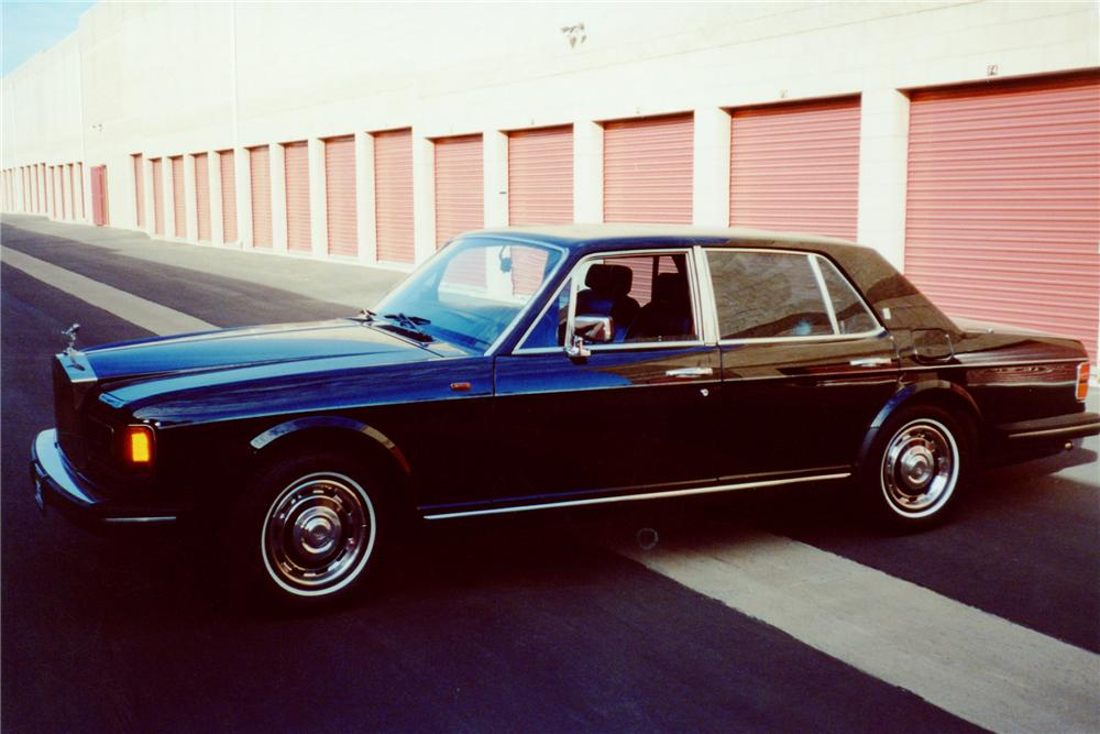 1985 ROLLS-ROYCE SILVER SPIRIT 4 DOOR SEDAN - Front 3/4 - 91670