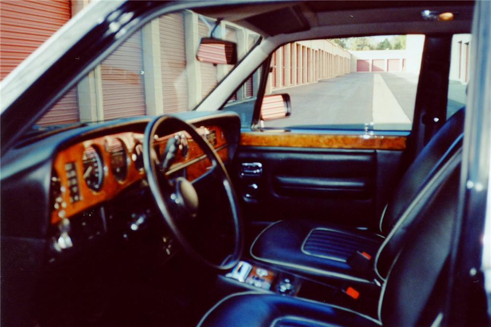1985 ROLLS-ROYCE SILVER SPIRIT 4 DOOR SEDAN - Interior - 91670