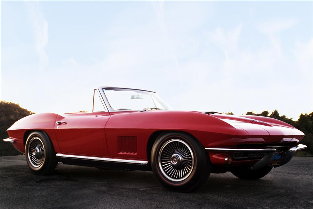 1967 CHEVROLET CORVETTE CONVERTIBLE - Front 3/4 - 91676