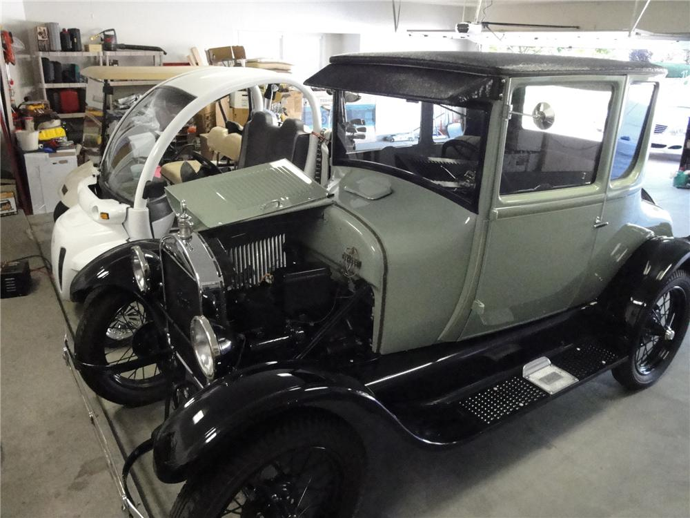 1927 FORD MODEL T COUPE - Engine - 91684