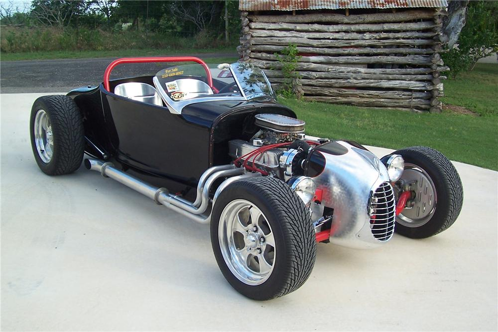1927 FORD ROADSTER - Front 3/4 - 91701