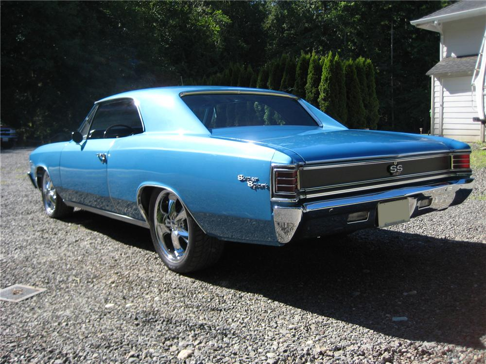 1967 CHEVROLET CHEVELLE CUSTOM 2 DOOR - Rear 3/4 - 91703