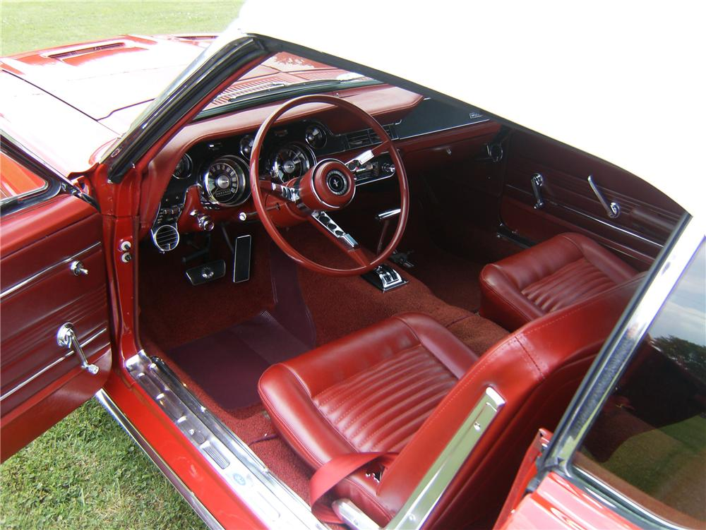 1967 FORD MUSTANG CONVERTIBLE - Interior - 91714