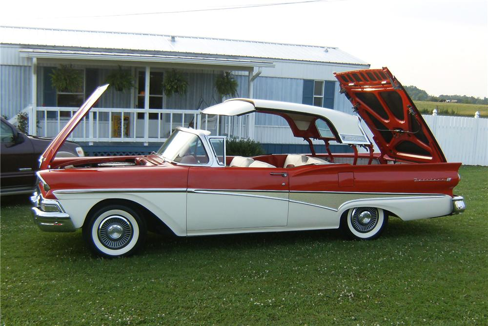 1958 FORD FAIRLANE 500 SKYLINER RETRACTABLE HARDTOP CONVERTIBLE - Side Profile - 91728