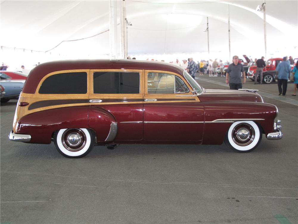 1951 CHEVROLET STYLELINE CUSTOM TIN WOODY WAGON - Side Profile - 91733